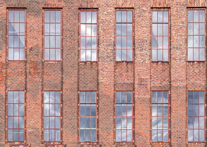 facade-4320830__480